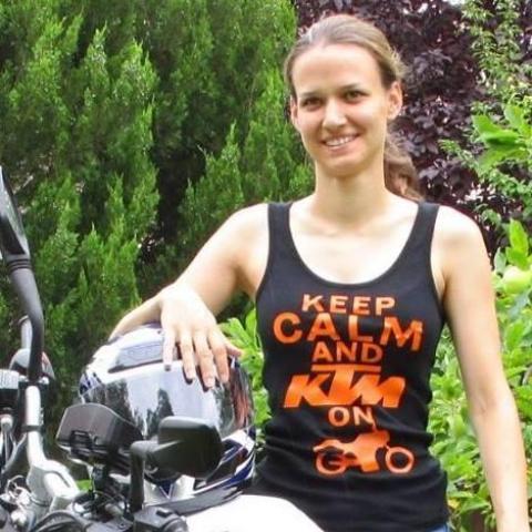 Szilvi, 30 éves társkereső nő - Budapest