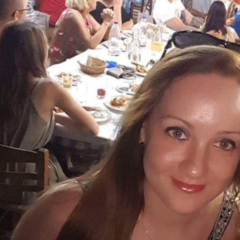 Adri, 27 éves társkereső nő - Budapest